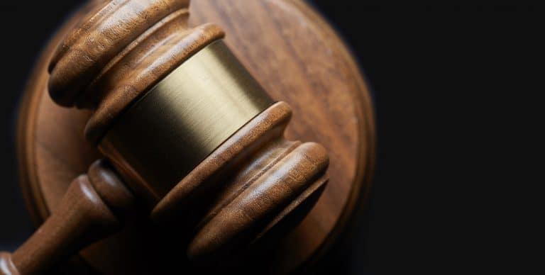 Unternehmen gründen : gesetzlichen und administrativen Anforderungen